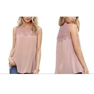 Leo Rosi   NWT Lace blouse